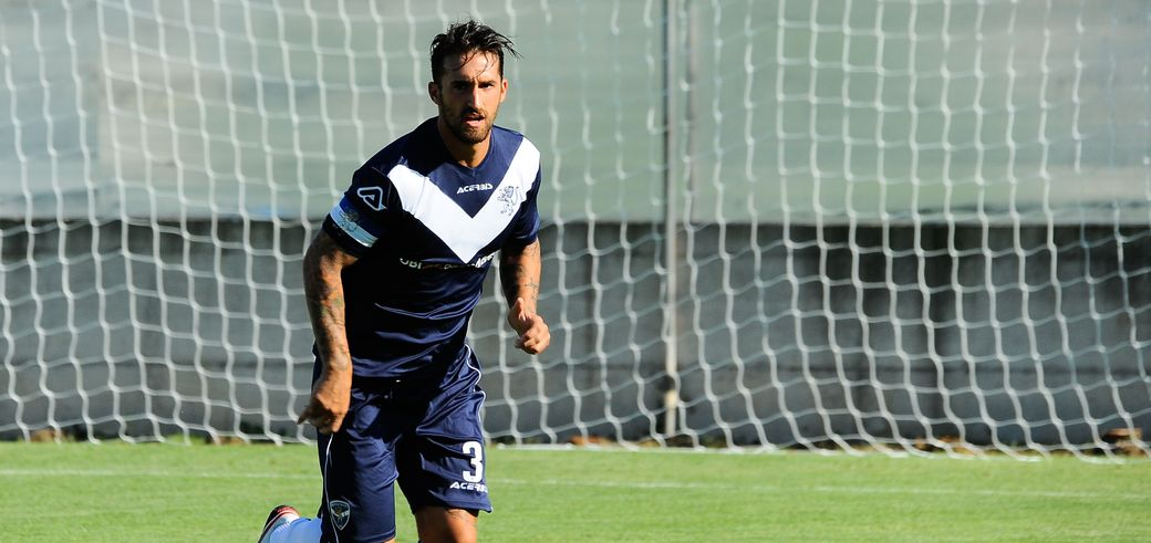 Antonio Caracciolo all'Hellas Verona a titolo definitivo